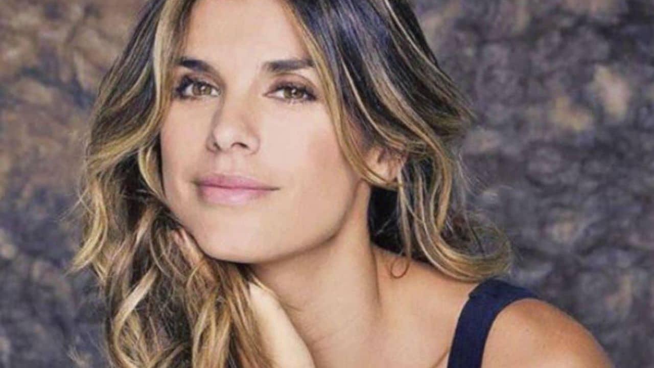Elisabetta Canalis, la foto senza trucco fa impazzire il web. Bellezza da schianto a 43 anni