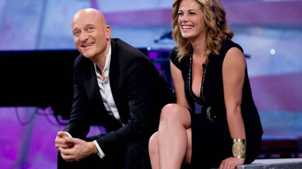 Zelig stasera su Canale 5 con Claudio Bisio e Vanessa Incontrada