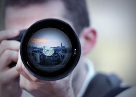 """<h5><strong><span style=""""color: #c6a664;"""">FOTOGRAFI</span></strong></h5> Hai bisogno di un fotografo professionista a Milano, Roma, Firenze, Napoli o in qualsiasi città di Italia ? Qui di seguito una lista completa , solo dei migliori, che sapranno offrirti il servizio che cercavi Shotting, Report, Matrimoni, eventi in genere.<span style=""""color: #c6a664;""""> Scopri Tutto »</span></strong>"""