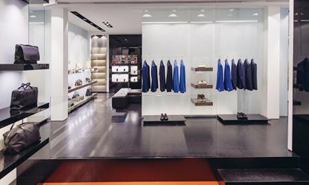 """<h5><strong><span style=""""color: #c6a664;"""">BOUTIQUE</span></strong></h5>Le migliori boutique di abiti per cerimonie serate e galà. Cerca il sarto o la sarta della tua città.<strong><span style=""""color: #c6a664;""""> Scopri Tutto »</span></strong>"""